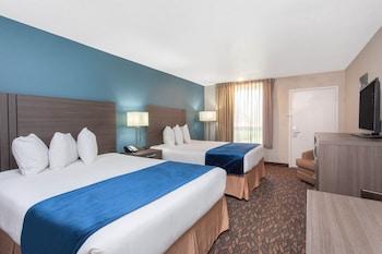 Room, 2 Queen Beds (Pet Friendly)