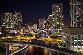 布里克爾市中心 - 邁阿密港口凱富套房飯店 Comfort Inn & Suites Downtown Brickell-Port of Miami