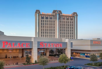 Book Palace Station Hotel and Casino in Las Vegas.