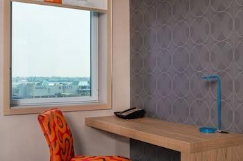 aloft, Room, 2 Queen Beds, Accessible