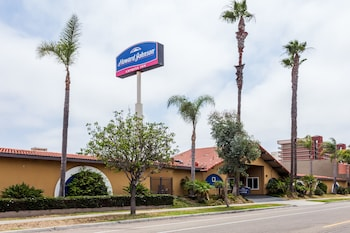 Howard Johnson Express Inn National City/San Diego South
