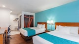 Howard Johnson by Wyndham National City/San Diego South