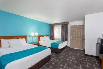 Howard Johnson Express Inn National City/San Diego South - Guestroom  - #0