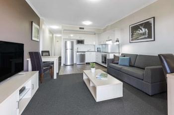 Apartment, 1 Bedroom , No Housekeeping