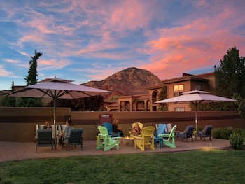 塞多納利爾旅館 & 套房飯店 Sedona Real Inn & Suites