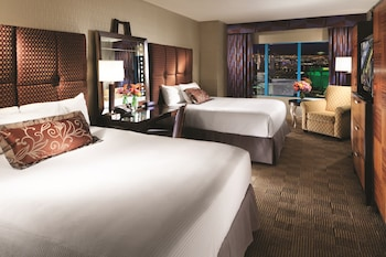 Guestroom at New York-New York Hotel & Casino in Las Vegas