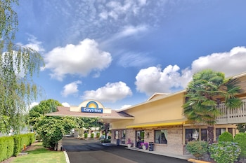 Days Inn by Wyndham Seattle South Tukwila