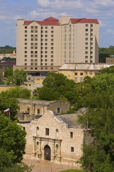 Residence Inn by Marriott San Antonio Downtown/Alamo Plaza photo