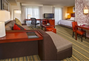 Residence Inn By Marriott Pentagon City photo