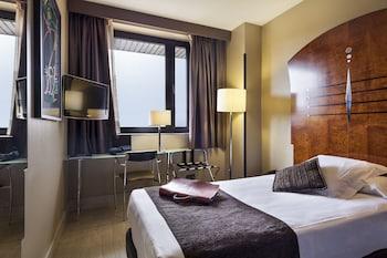 阿克塔城市 47 飯店
