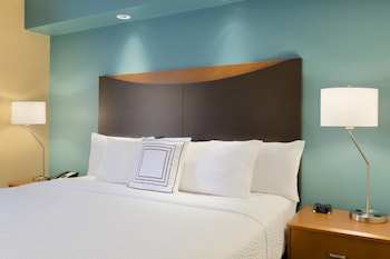 Guestroom at Fairfield Inn & Suites Fort Worth University Drive in Fort Worth