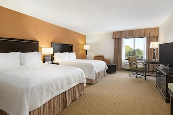 Hampton Inn Portland-Airport photo