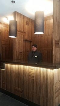 Reception at Americana Inn in New York