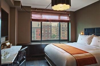 Room, 1 King Bed (Soho)