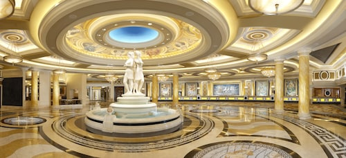 Caesars Palace - Resort & Casino image 2