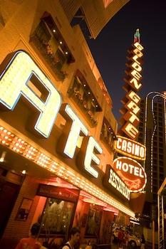 Hotel Front - Evening/Night at Golden Gate Hotel and Casino in Las Vegas