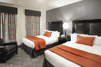 Guestroom at Golden Gate Hotel and Casino in Las Vegas