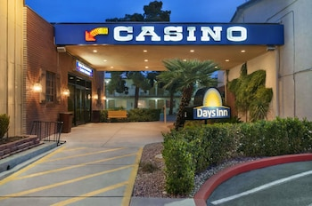 Days Inn by Wyndham Las Vegas Wild Wild West Gambling Hall Image