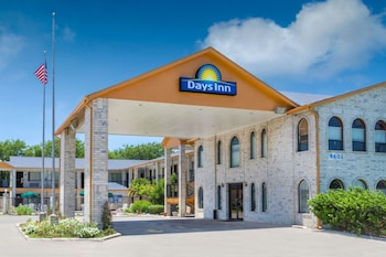 Hotel - Days Inn by Wyndham San Antonio