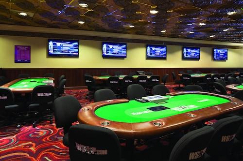 Harrah's Hotel and Casino Las Vegas image 37