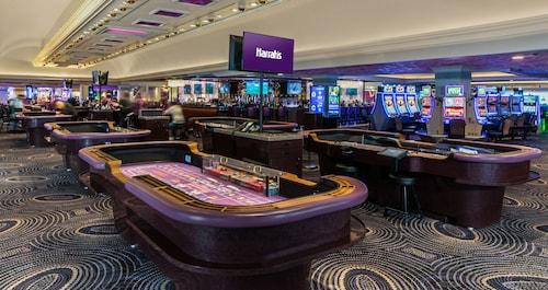 Harrah's Hotel and Casino Las Vegas image 40