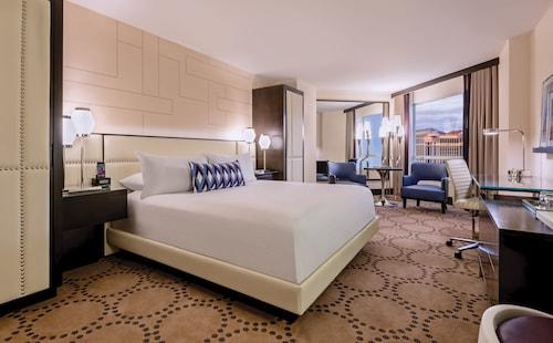 . Harrah's Hotel and Casino Las Vegas