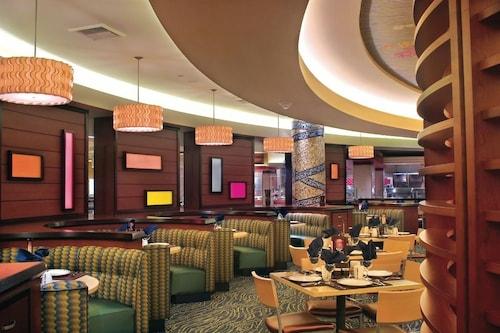 Harrah's Hotel and Casino Las Vegas image 44