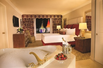 Royal Luxury Suite