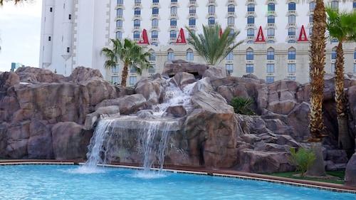Excalibur Hotel Casino image 29
