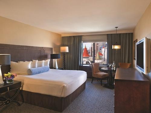 Excalibur Hotel & Casino image 24