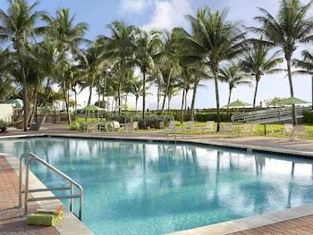 邁阿密海灘 - 海濱假日飯店 - IHG 飯店 Holiday Inn Miami Beach - Oceanfront, an IHG Hotel
