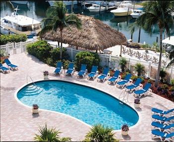 華美達高級飯店 - 飯店和 Marina Courtyard by Marriott Key Largo