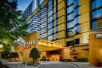 Courtyard by Marriott Atlanta Buckhead photo