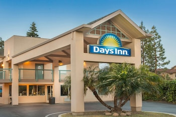 紅木城溫德姆戴斯飯店 Days Inn by Wyndham Redwood City