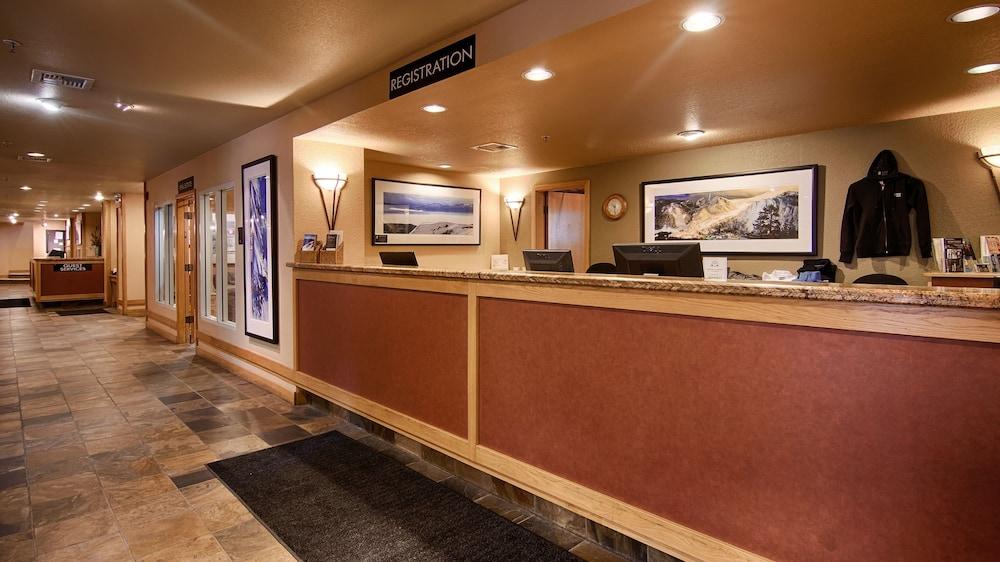 https://i.travelapi.com/hotels/1000000/50000/41700/41620/4d0e4145_z.jpg