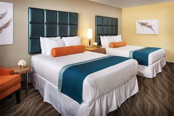 Studio Suite, 2 Queen Beds, City View