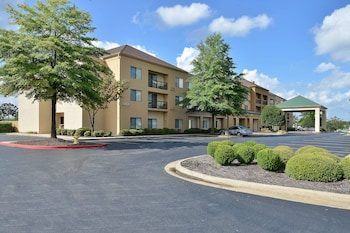 Hotel - Courtyard By Marriott Bentonville