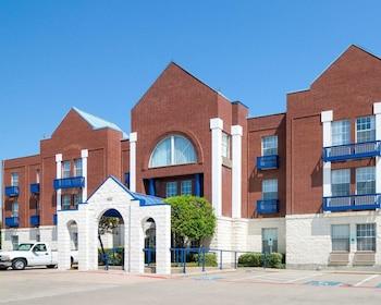 Comfort Suites Las Colinas Center