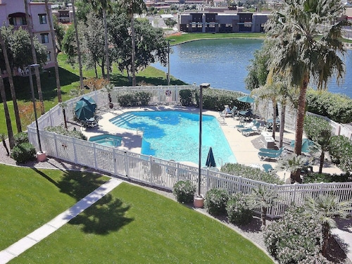 Windmill Suites Surprise, an Ascend Hotel Collection Member, Maricopa