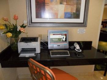 Fairfield Inn & Suites by Marriott Colorado Springs South - Business Center  - #0