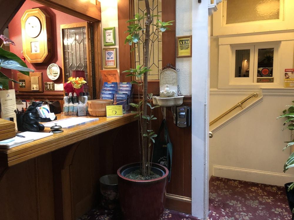 산 레모 호텔(San Remo Hotel) Hotel Image 3 - Lobby