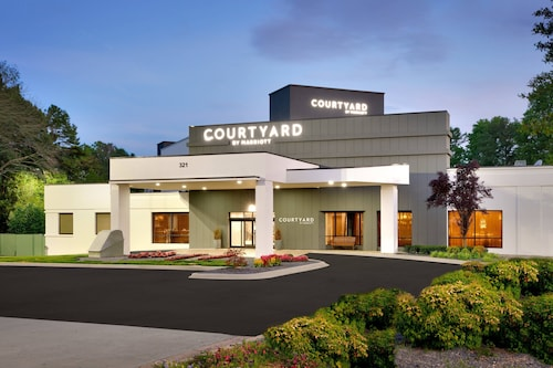 . Courtyard by Marriott Charlotte Airport/Billy Graham Parkway