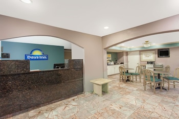 Hotel - Days Inn by Wyndham Decatur Priceville I-65 Exit 334