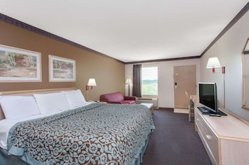 Standard Single Room, 1 King Bed, Accessible