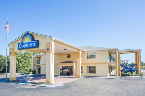 . Days Inn by Wyndham Enterprise