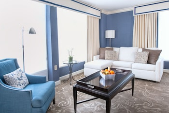 Alexander Executive Suite