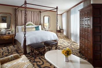 Presidential Suite, 1 King Bed (Executive Lounge Access)