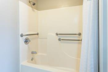 Super 8 Opelousas - Bathroom Shower  - #0