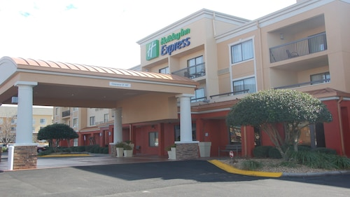 . Holiday Inn Express Tifton, an IHG Hotel