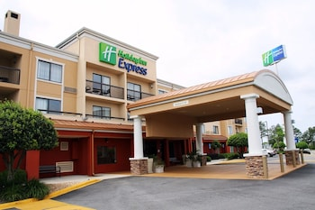 Holiday Inn Express Hotel Closest To Uga Tifton Campus Conference Center